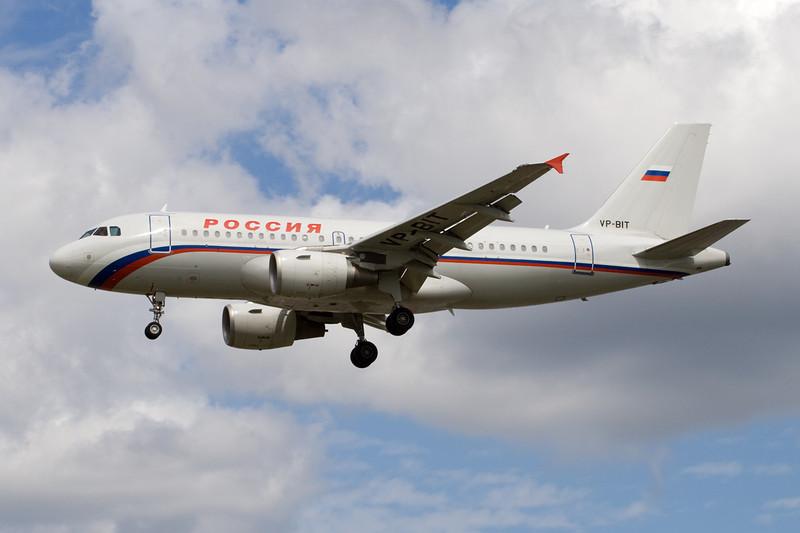 "VP-BIT AIrbus A319-112 ""Rossiya Russian Airlines"" c/n 1761 Heathrow/EGLL/LHR 18-07-09"