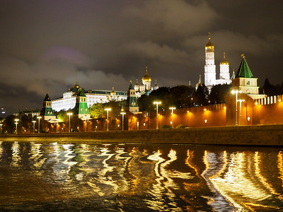 Moscow Kremlin at night from the river