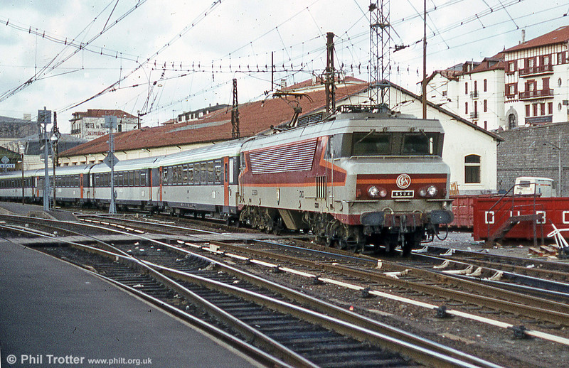 CC 6504 'Vitry sur Seine' with a rake of 'Corail' stock in July 1984. These powerful locomotives appeared in 1969-75.