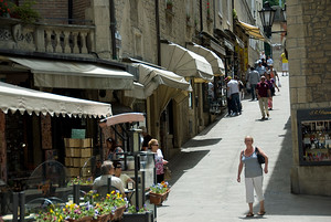 Shops and restaurants in the old city