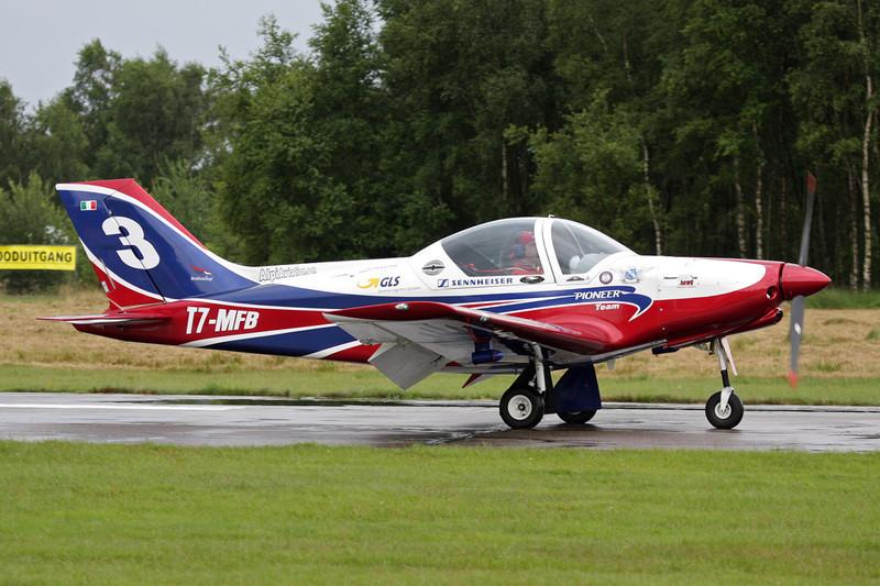 T7-MFB (2) Alpi Aviation Pioneer 300 S c/n 170 Leopoldsburg/EBLE 20-07-08