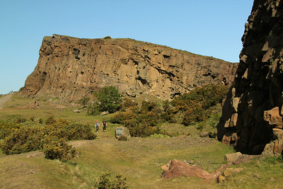 The Salisbury Crags along the hike up Arthur's Seat