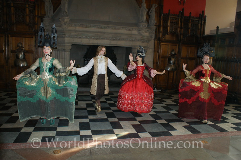 Edinburgh Castle - Petit Baroque Ballet in Great Hall