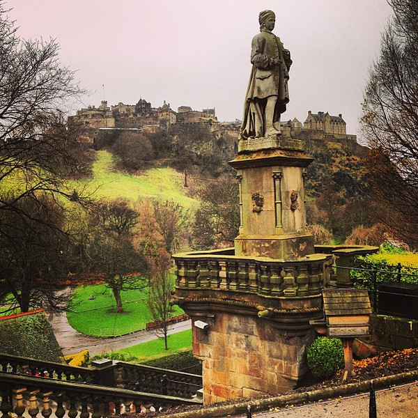 Green in Winter, #Edinburgh Castle from Princes Street Gardens #blogmanay