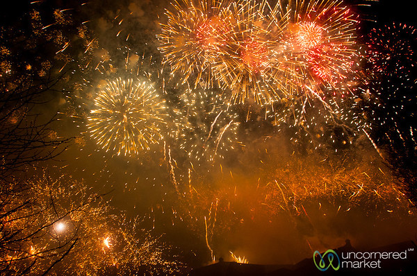 Hogmanay Fireworks - Edinburgh, Scotland