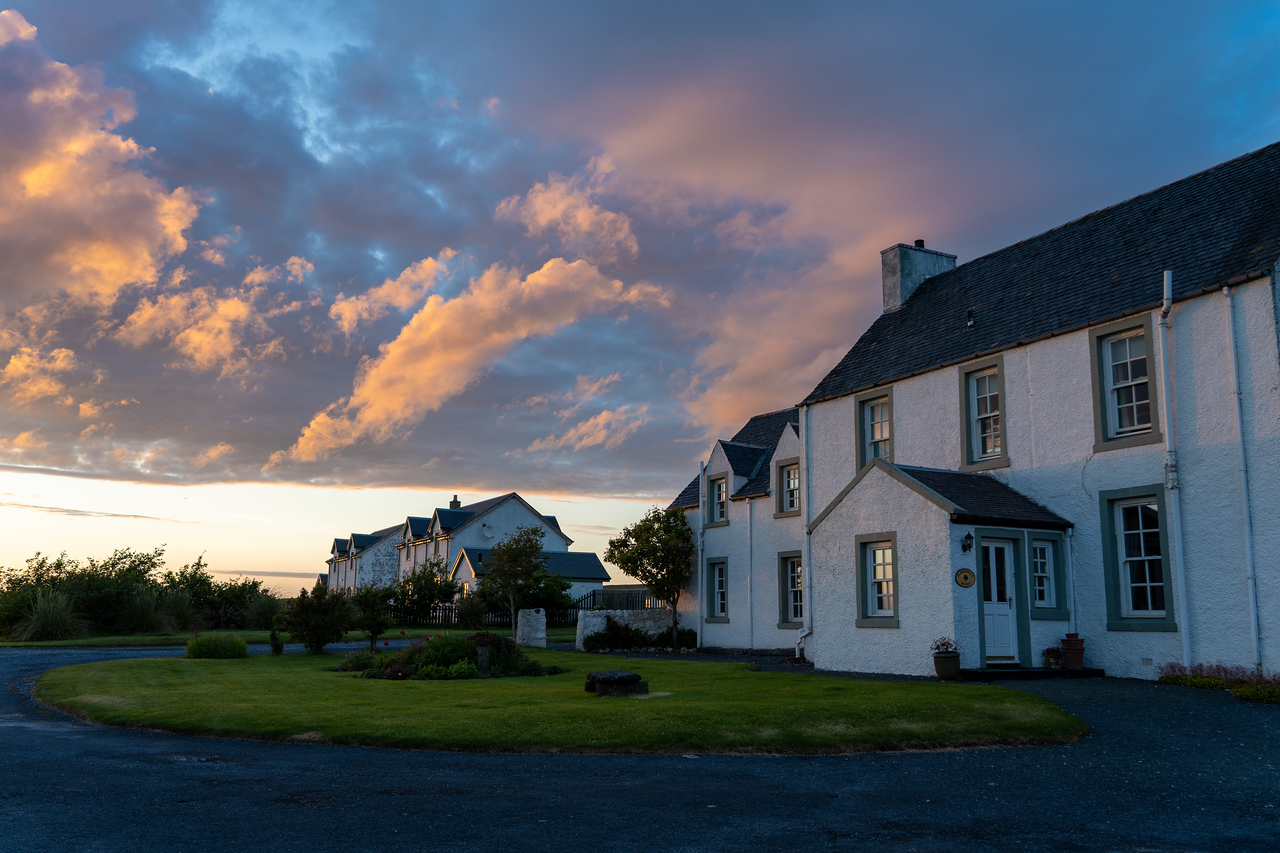 Glenegedale House at sunset