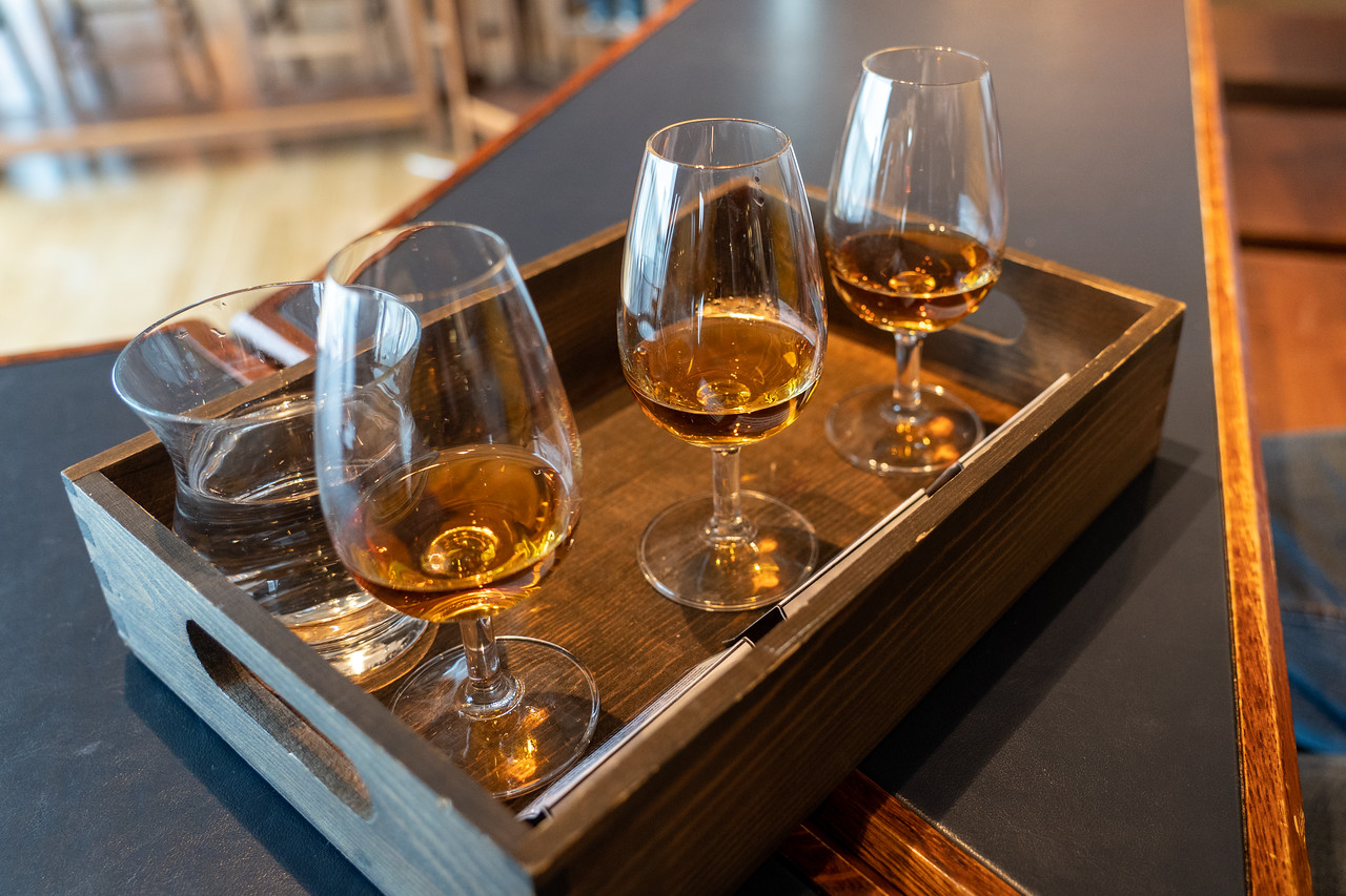 Tasting flight at Bowmore Distillery
