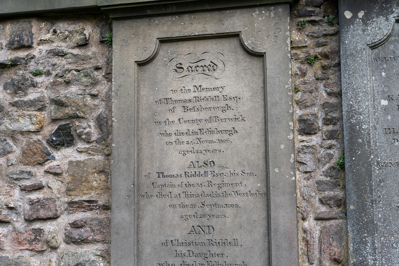 The grave of Thomas Riddell in Edinburgh