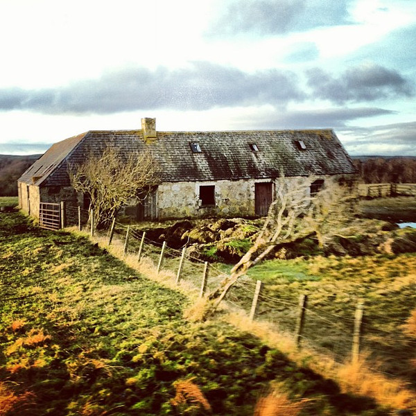 Speyside detour, haunting farmhouse. All highland diversions ought to be this beautiful. #Scotland #blogmanay