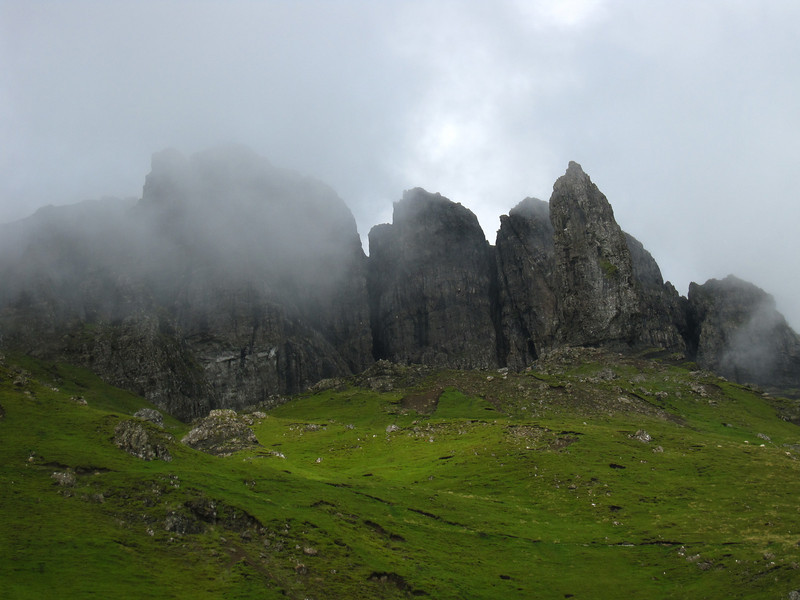 Blue skies by fog is rolling in over the Storr
