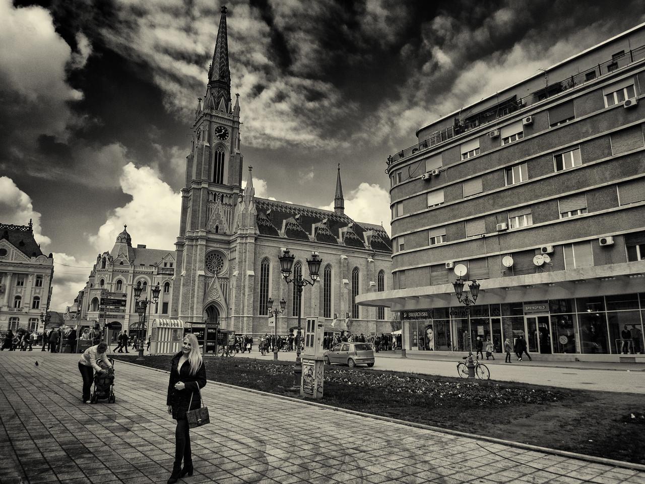 Life scene around the Liberty Square.