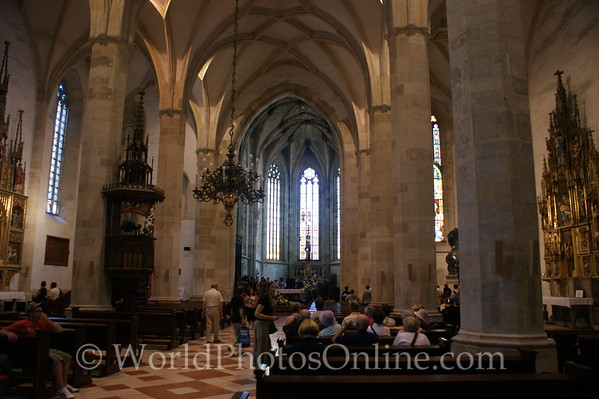 Bratislava - St  Martin's Cathedral - Nave 2