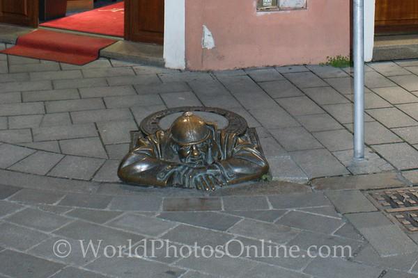 Bratislava - Bronze of Worker