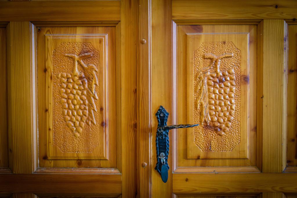 Grape Vine Carved Doors