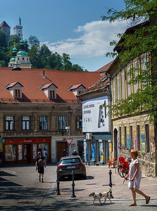 Yet another peaceful & colorful life scene in picturesque Ljubljana.
