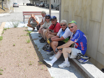 VBT riders Tom, Valerie, Dianne, Carrie and Kevin were sitting in the shade with our guide, Josi.