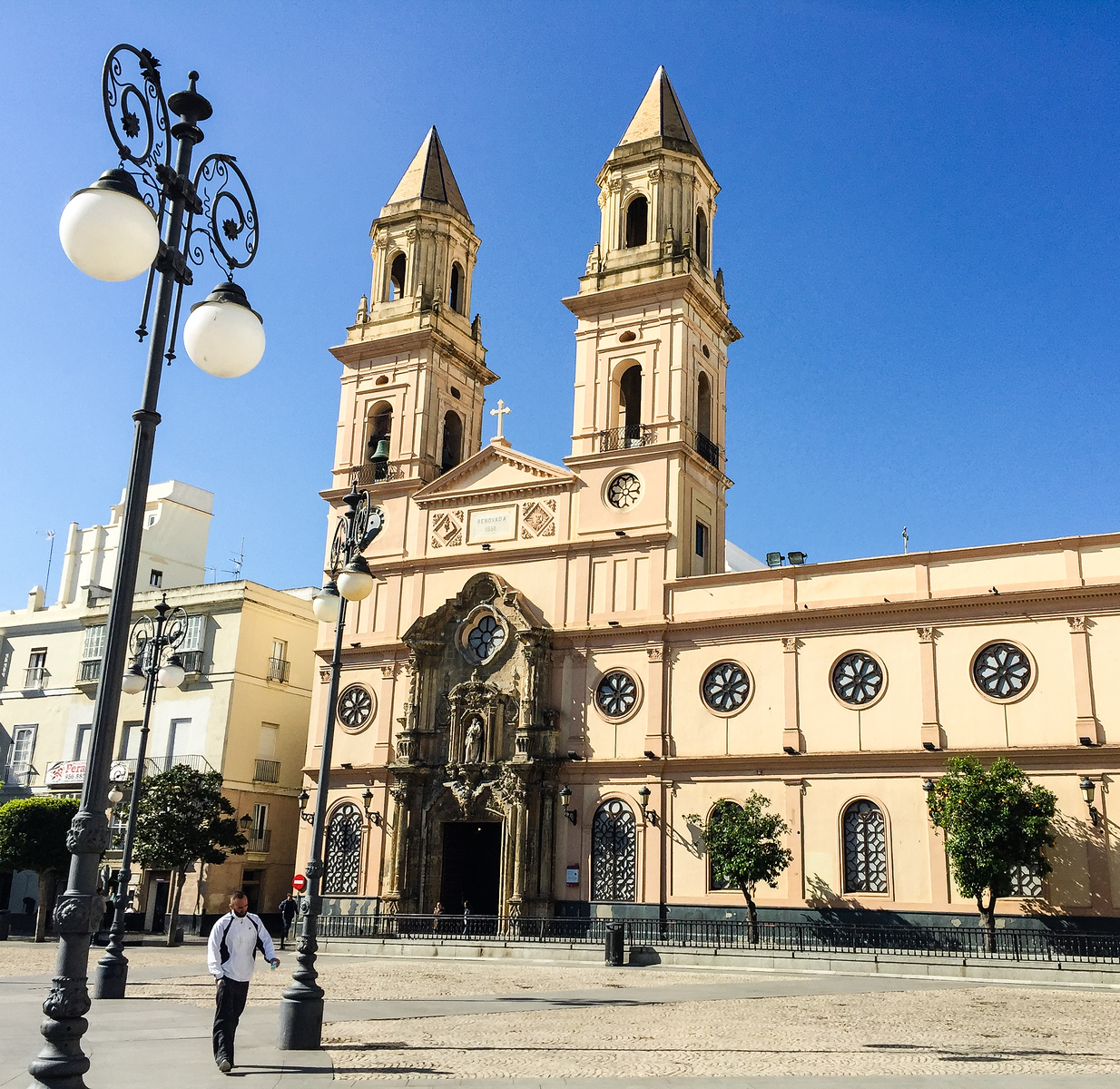 The architecturally appealing Church of San Antonio looks out on a square in Cadiz, Spain.