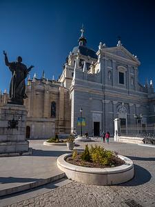 Pope John Paul II statue in front of Catedral de la Almudena