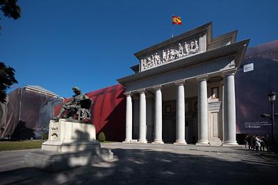 Velasquez statue in front of Prado during renovation