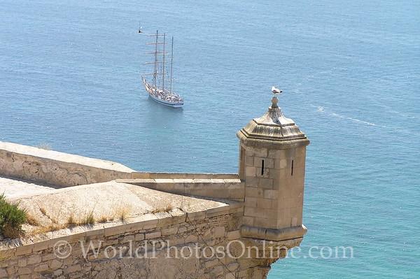 Castillo de Santa Barbara - Barbican & Tall Ship