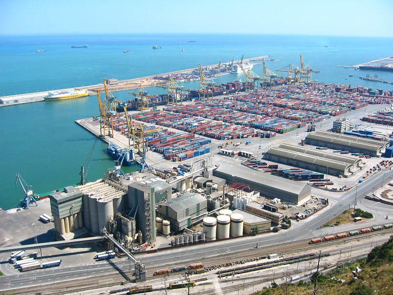 Docks at Barcelona, 2004