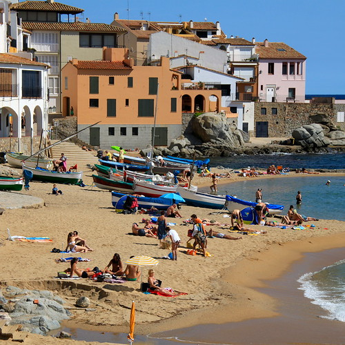 Off the Beaten Path in Spain – 9 Places to Avoid the Crowds