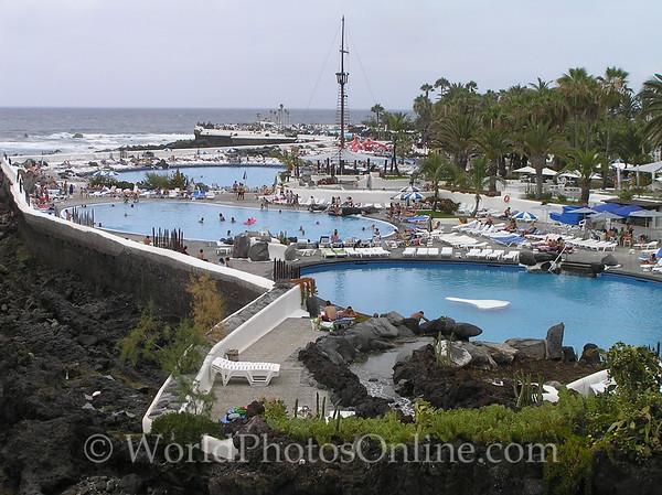 Tenerife, Puerto De La Cruz - city shoreline pool complex