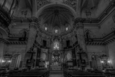The altar at Basilica de Santa Maria in Elche, Spain