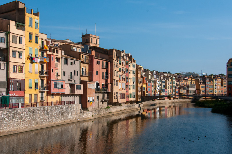 Buildings and Girona Bridge near Onyar River in Girona, Spain