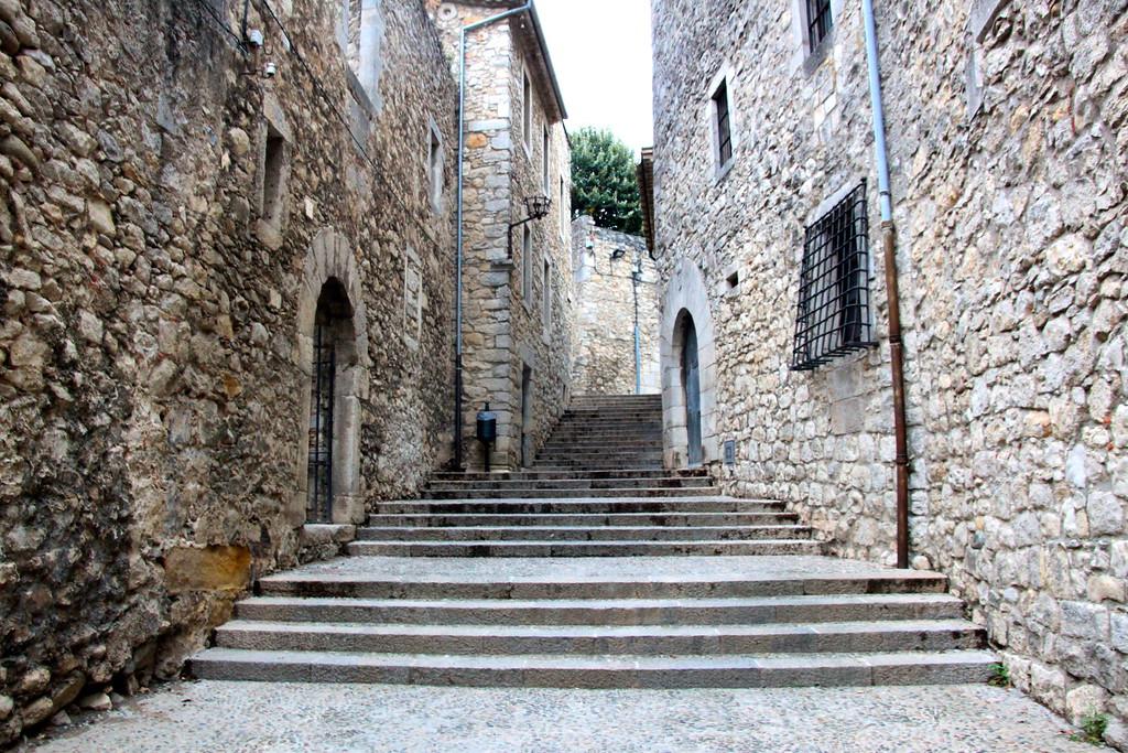 Old Town - Girona, Spain - Photo