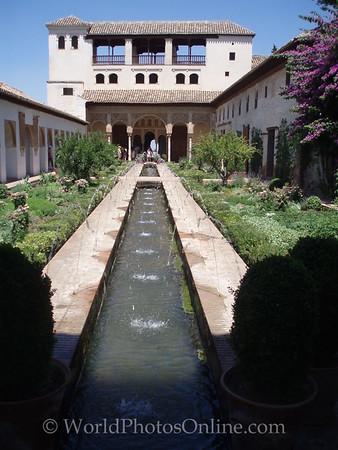 Generalalife - Water Garden Courtyard 1