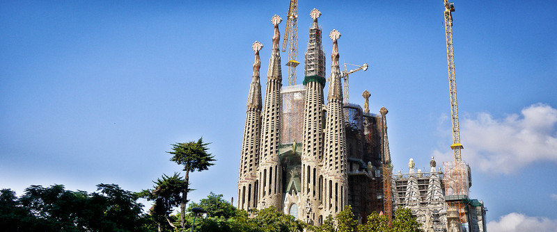 Blue skies at La Sagrada Familia in Barcelona