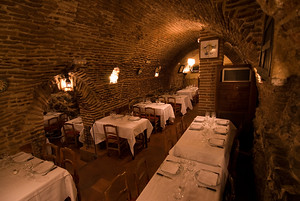 The cellar dining area of Botin