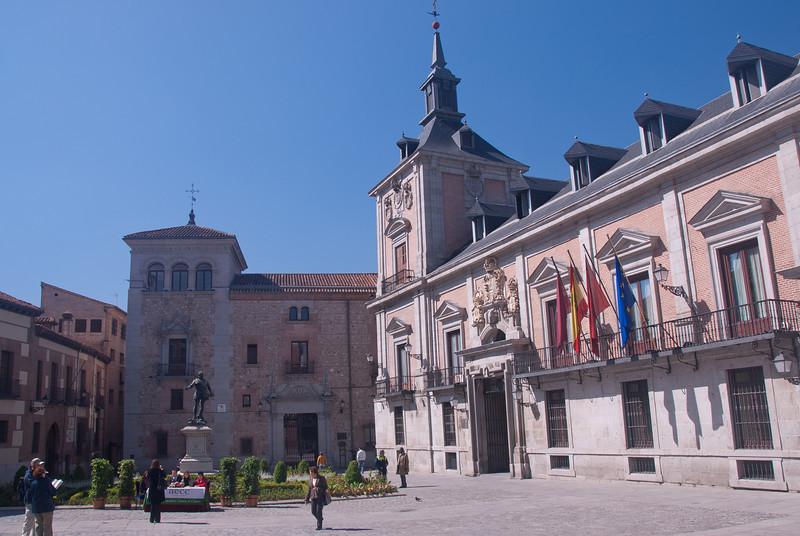 Don Alvaro de Bazán statue in Plaza dela Villa in Madrid, Spain