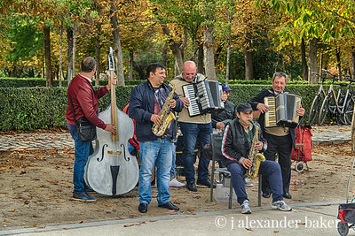 Playing in the Park - The Retiro, Madrid