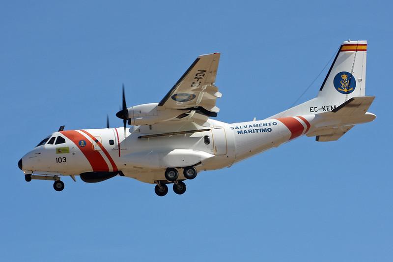 """EC-KEM (103) CASA 235-300MPA """"Salvamento Maritimo"""" c/n C171 Las Palmas/GCLP/LPA 03-02-16"""