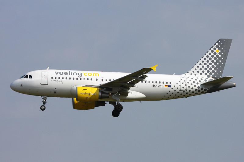 EC-JVE Airbus A319-111 c/n 2843 Paris-Orly/LFPO/ORY 09-06-15