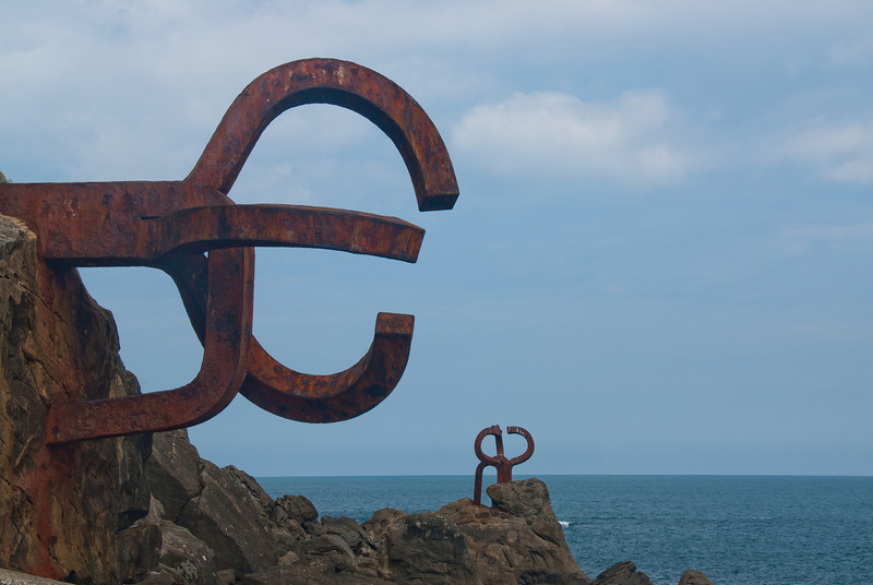 """Peine del Viento"" sculpture in San Sebastian, Spain"