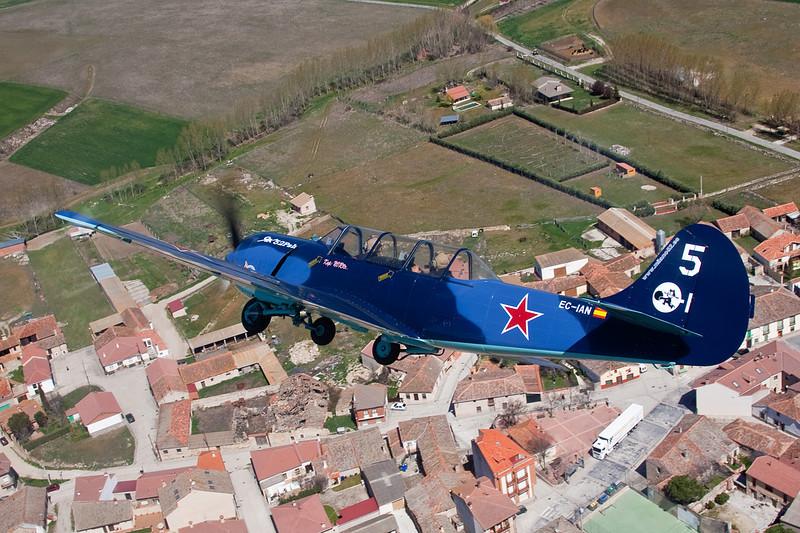 EC-IAN Yakovlev Yak-52 c/n 844310 Fuentemilanos/LEFM 05-04-08