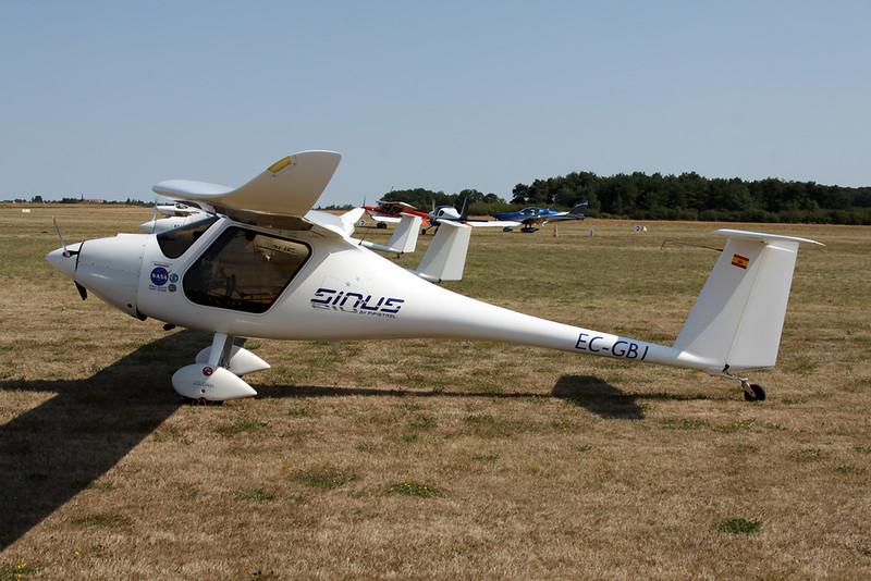 EC-GB1 Pipistrel Sinus 912 c/n 335S912 Blois/LFOQ/XBQ 01-09-18