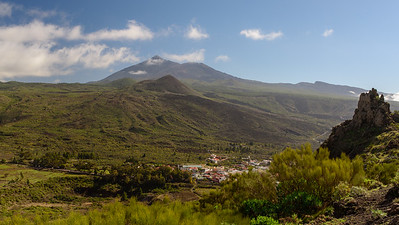 Teide with the surrounding national park in the background
