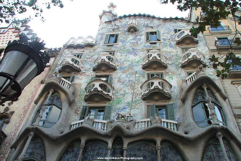 Casa Batílo, The Eixample, Barcelona, Catalunya, Spain.