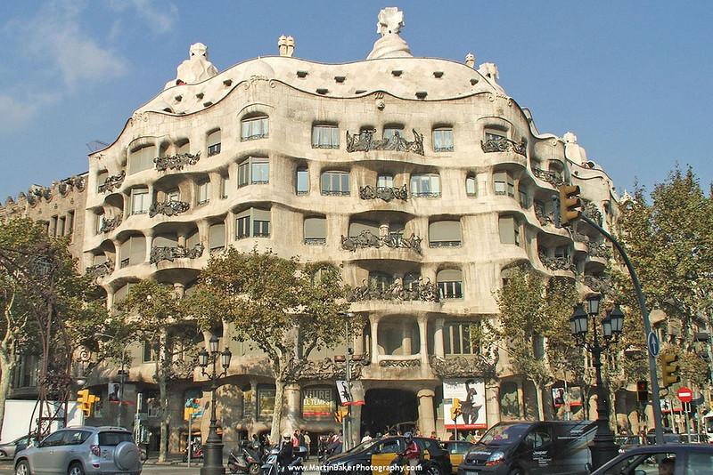 Casa Milà (La Pedrera), The Eixample, Barcelona, Catalunya, Spain.