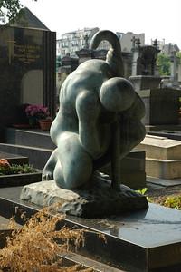 Grave of Baltasar Lobo, sculptor
