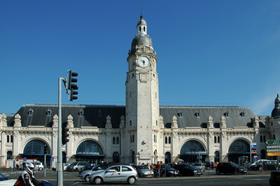 La Rochelle train station