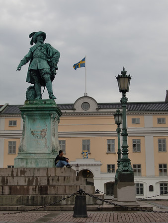 gustav II adolf statue gothenburg sweden