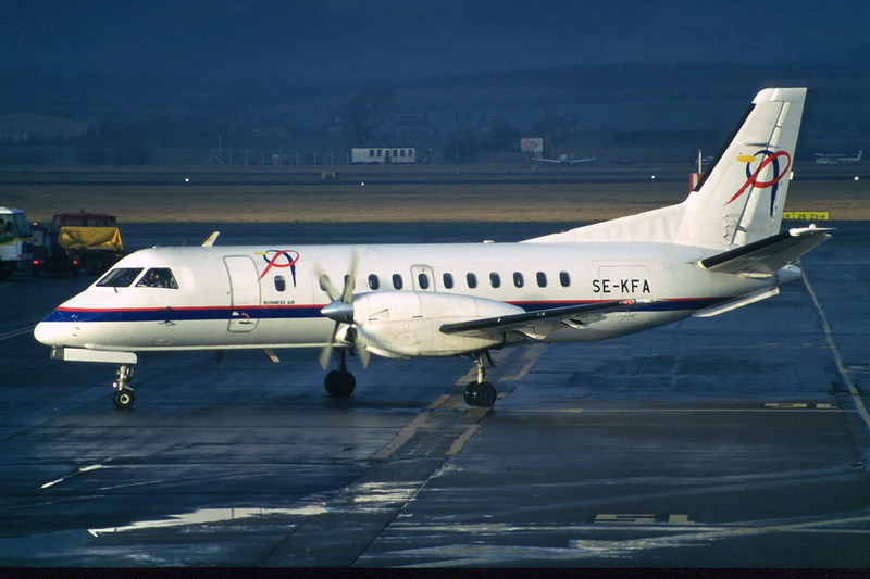 "SE-KFA SAAB SF.340A ""Prima Air"" c/n 132 Glasgow/EGPF/GLA 28-12-96 ""Business Air"" (35mm slides)"