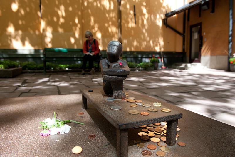 Iron Boy - tiniest public statue in Stockholm