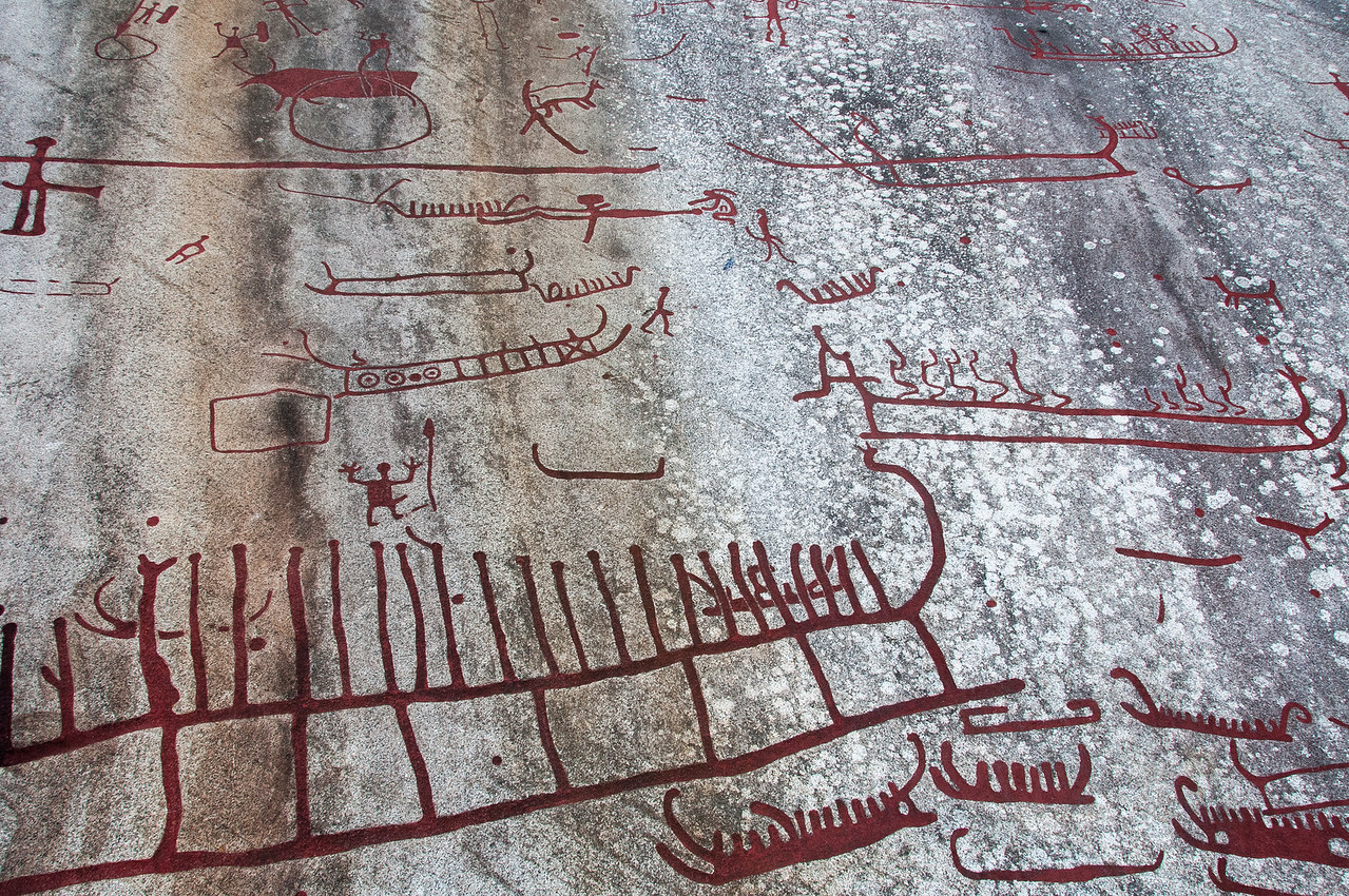 Chariot rock carvings in Tanum Rock Art Museum, Sweden