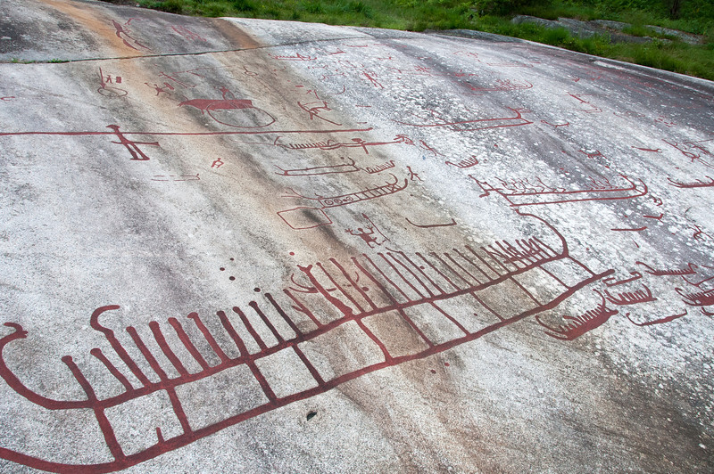 Chariot rock art carvings in Tanum Rock Art Museum, Sweden